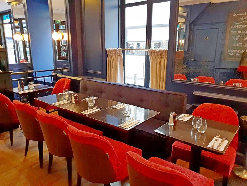 recouverture-banquette-et-chaises-de-restaurant-paris