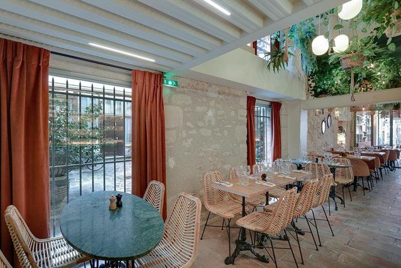 rideaux-plis-orgue-restaurant