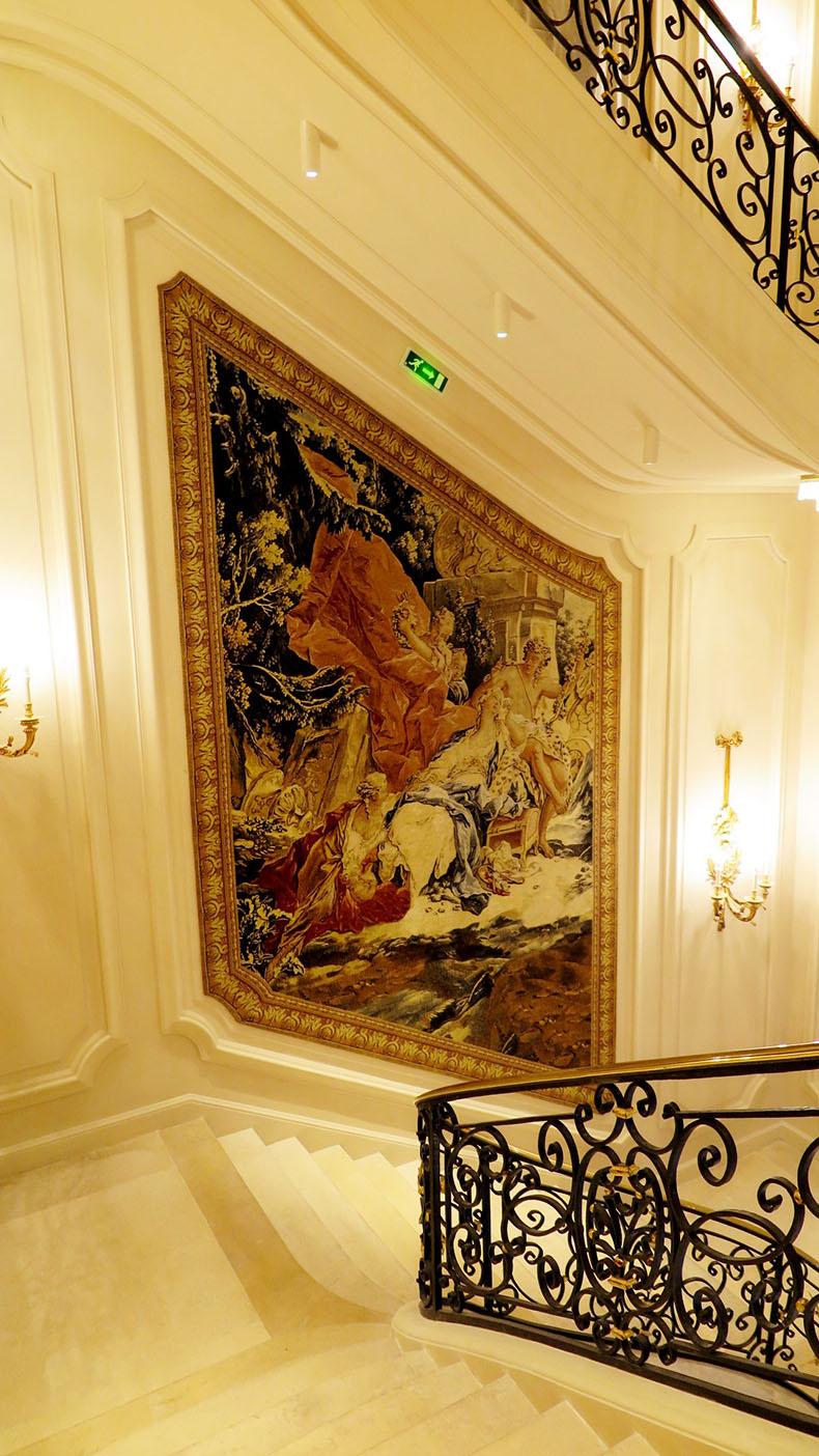 pose-de-tenture-murale-hotel-ritz-paris