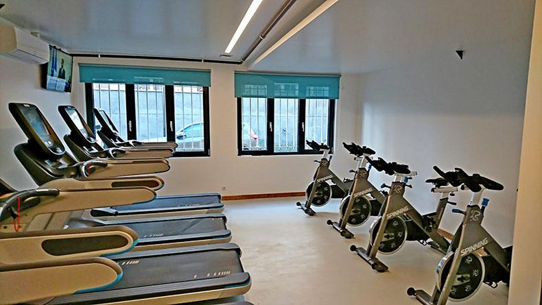 enrouleur-salle-de-gym