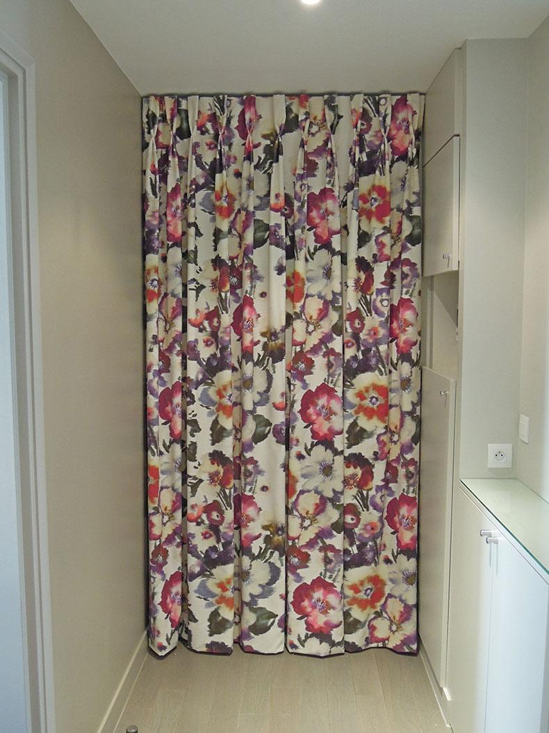 rideaux-de-porte-sur-mesure-plis-flamands
